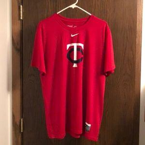 Nike MN Twins red dri-fit tee. SZ:XL